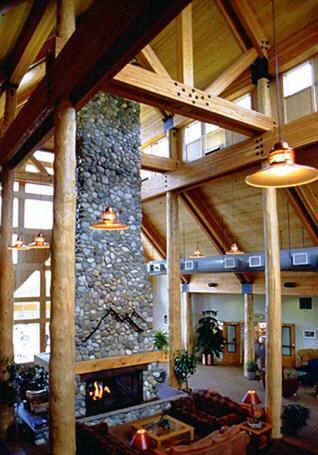 Lobby of the Talkeetna Lodge